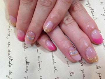 ピンク ネイルデザイン